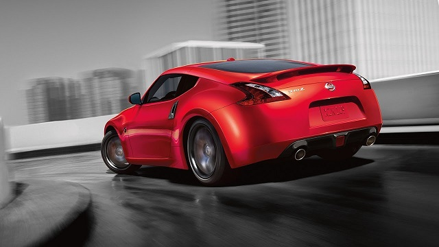 2019 Nissan 370Z rear view
