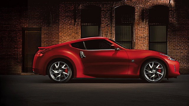 2019 Nissan 370Z side view