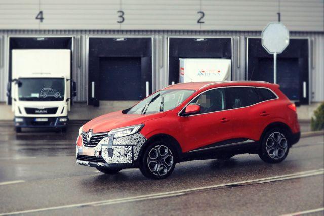 2019 Renault Kadjar side