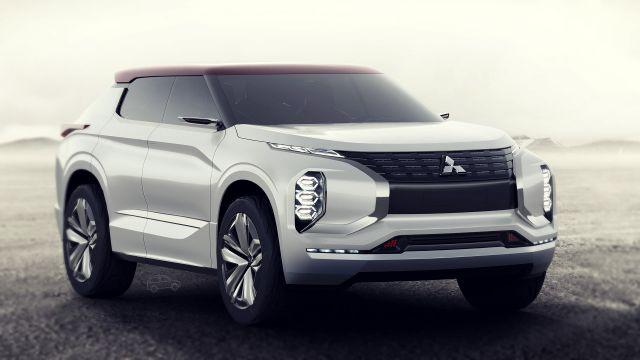 Mitsubishi GT-PHEV front