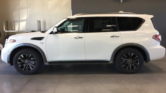 2019 Nissan Armada side view