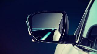 2019 Nissan Pulsar Nismo blind spot warning