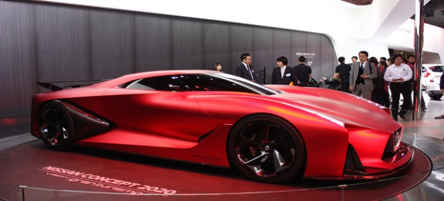 2020 nissan gt side view