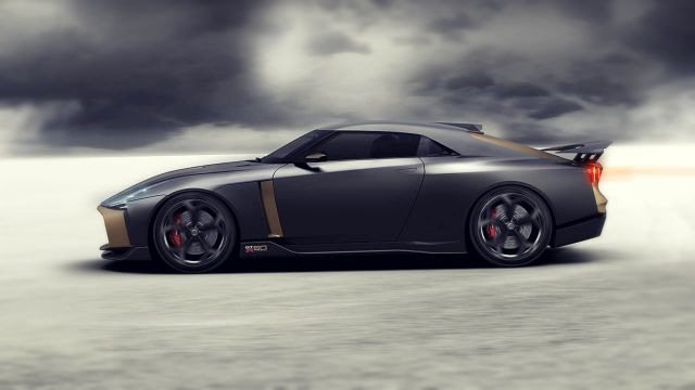2019 Nissan GT-R 50 side