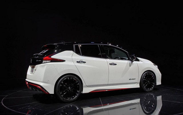 2019 Nissan Leaf Nismo side view