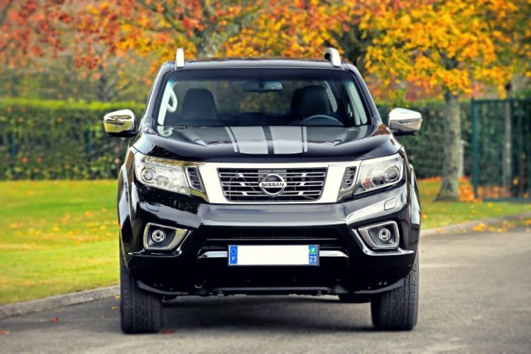 2020 Nissan Navara Review, Specs, Redesign