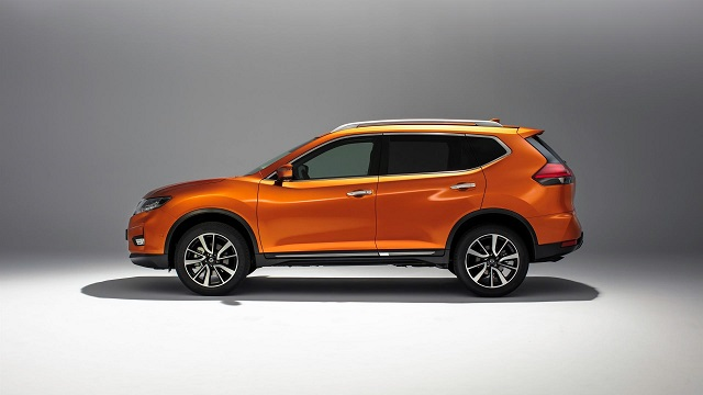 2019 nissan x-trail side view