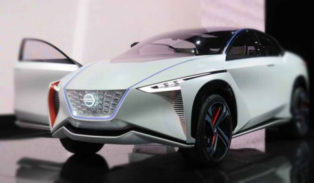 2020 Nissan IMx front