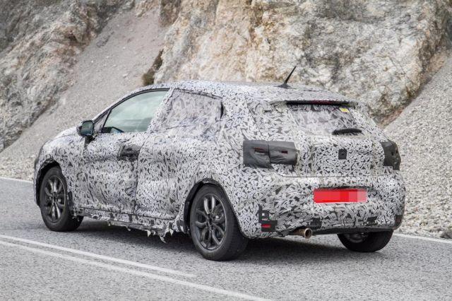 2019 Renault Clio rear