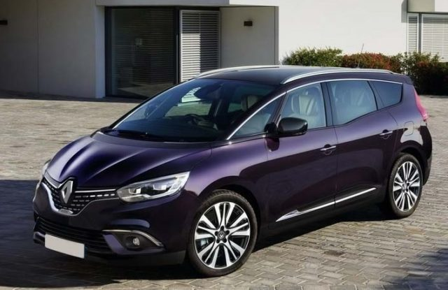 2019 Renault Scenic front