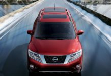 2020 Nissan Pathfinder front view