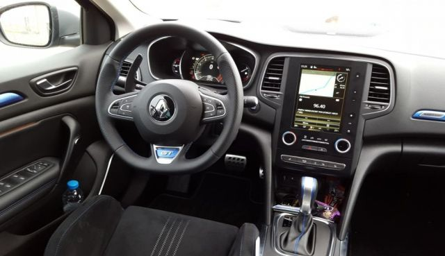 2019 Renault Megane interior