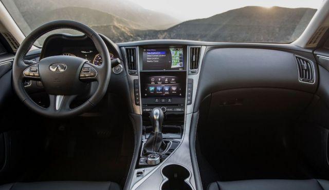 2020 Infiniti Q50 interior