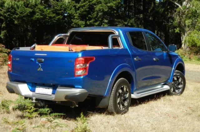 2020 Mitsubishi Triton rear