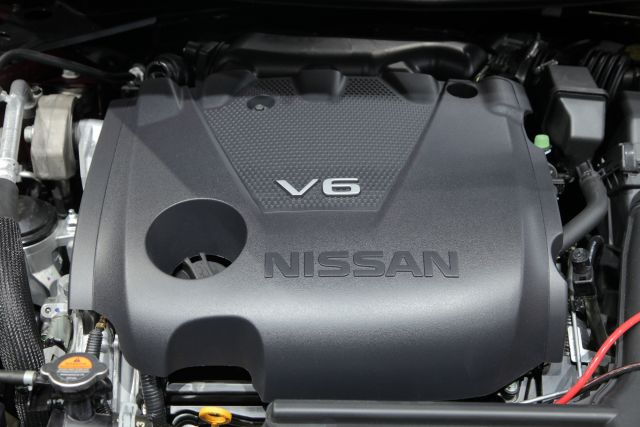 2020 Nissan Maxima engine