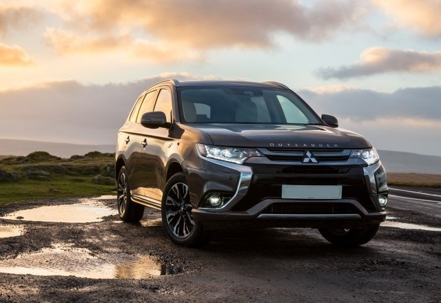 2020 Mitsubishi Outlander Phev Redesign Price And Specs