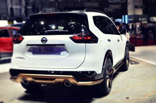2020 Nissan X-Trail rear