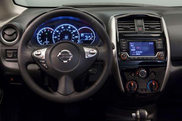 2020 Nissan Xterra interior