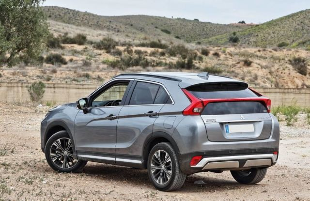 2020 Mitsubishi Eclipse Cross rear