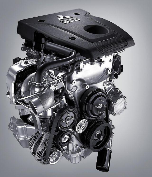 2020 Mitsubishi Pajero engine