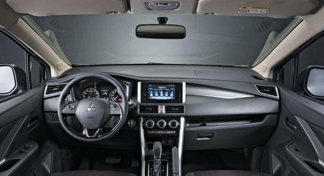 2020 Mitsubishi Xpander interior