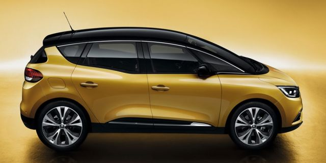 2020 Renault Scenic side
