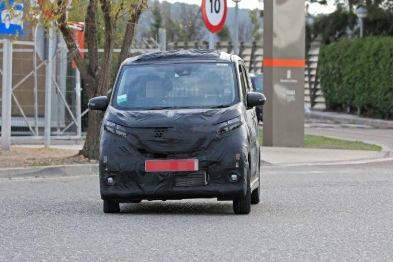 New Generation 2020 Nissan Dayz Kei Spied Testing in Spain