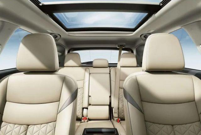 2021 Nissan Murano seats