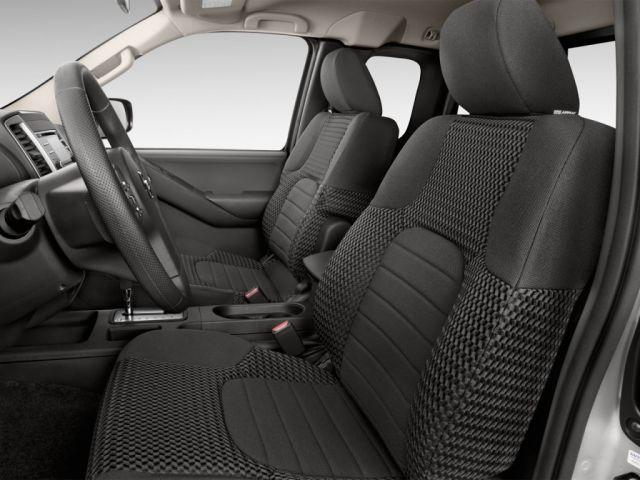 2020 Nissan Frontier Pro-4x interior