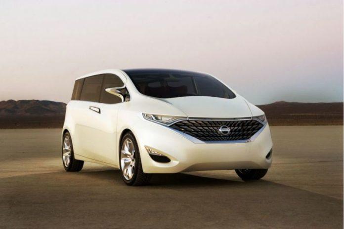 2020 Nissan Quest front