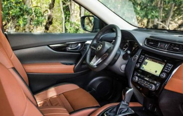 2020 Nissan Rogue Hybrid interior