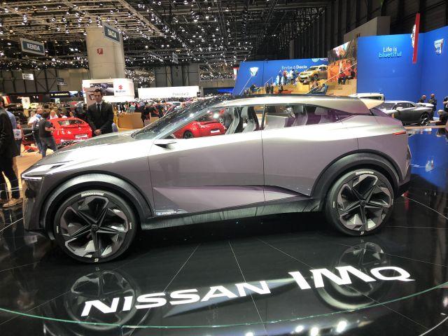 2020 Nissan IMQ side