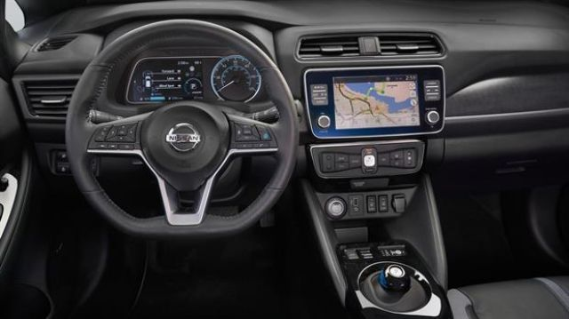 2020 Nissan Leaf E+ interior