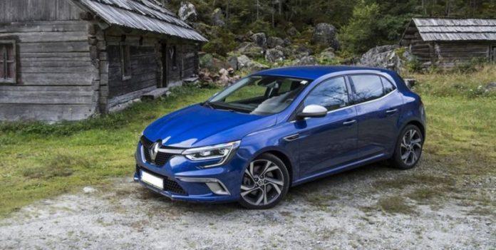 2020 Renault Megane side
