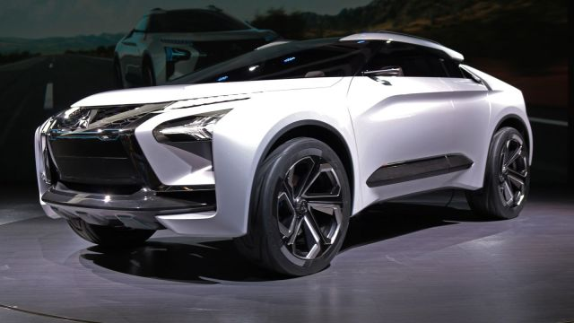 2020 Mitsubishi Lancer side