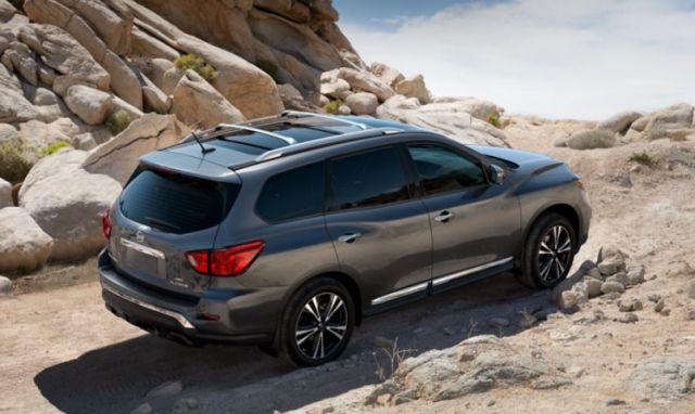 2020 Nissan Pathfinder Hybrid rear
