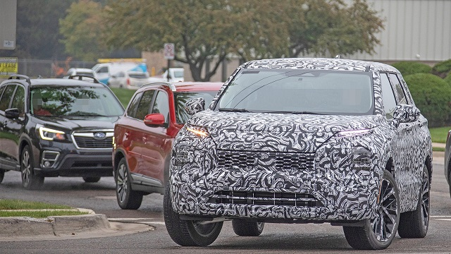 2021 Mitsubishi Outlander Spy Shot