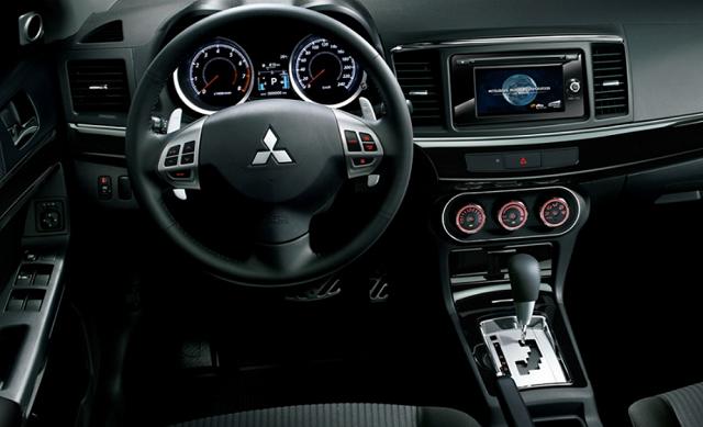 2022 Mitsubishi Colt interior